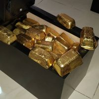 Refined Gold and Rough Uncut Diamonds for Sale